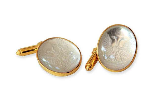 Regnas custom cufflinks designer
